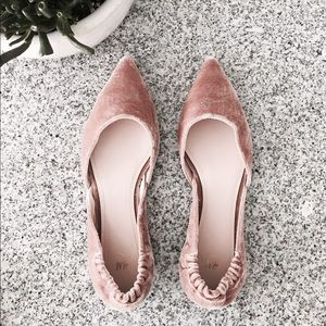 H&M Blush Pointed Toe Velvet Flats